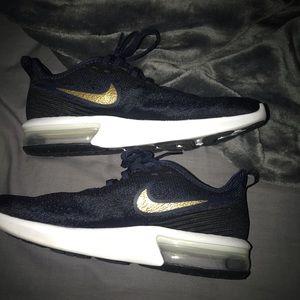 Nike Air Max sequent 4